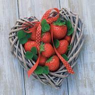 4021766269049 - Paperproducts Design - Serviettes papier Strawberry Heart 33x33cm