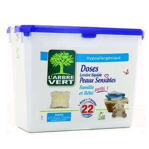 L'arbre Vert Doses lessive liquide peaux sensibles famille et bébé