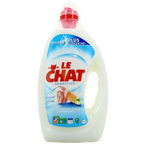 Le Chat Lessive liquide Sensitive 60 lavages au lait d'amande douce et au savon de Marseille