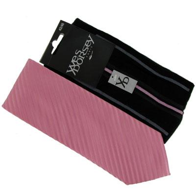 Lot de chaussettes rayures fines rose et cravatte reyures rose